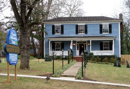 Cooper's Landing Inn, Clarksville, VA