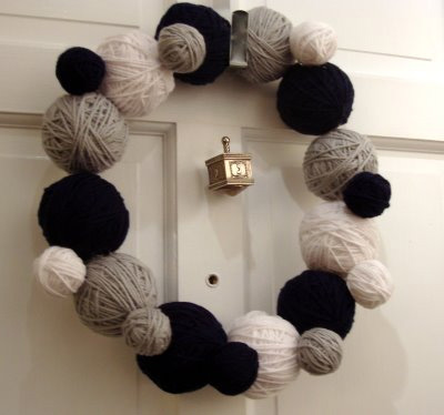 Yarn Wreath by Ginger at Deep Fried Kudzu